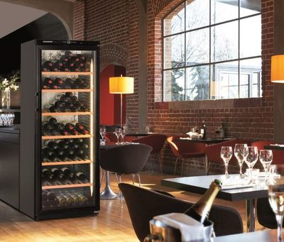 Liebherr 186 bottle single zone wine cabinet wkb4612 2