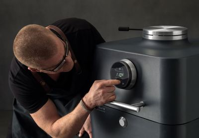 4k bbq everdure by heston blumenthal 3