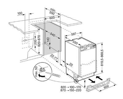 Liebherr 124l integrated fridge %283%29