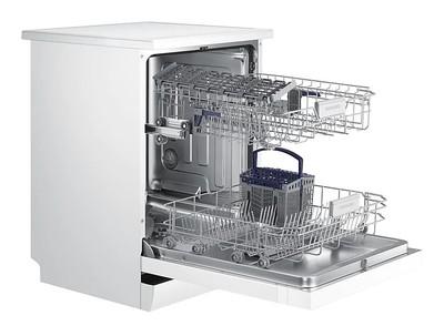 Samsung white freestanding dishwasher %288%29